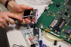 Sửa chữa tivi sony tại hà nội phục vụ khách hàng chu đáo
