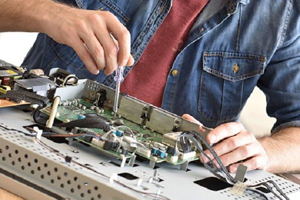Dịch vụ sửa chữa tivi tại nhà của điện tử An Khang