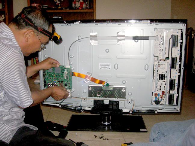 Sửa chữa bảo hành tivi tại nhà uy tín chất lượng